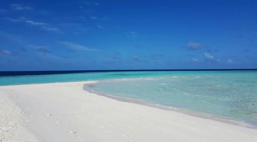 Soggiorno 4 stelle al seaclub dhiggiri resort prenota for Soggiorno alle maldive