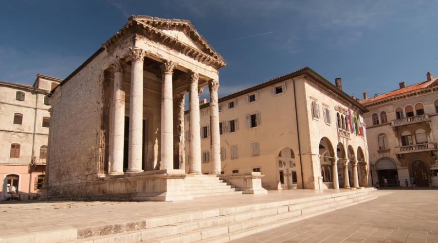 Pula - il tempio di Augusto