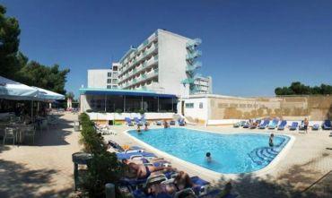 Hotel 3 stelle ristrutturato in ottima posizione