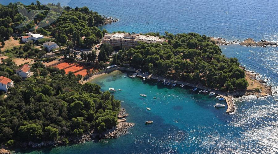 Soggiorno in hotel 2 stelle a suha punta in croazia for Soggiorno in croazia