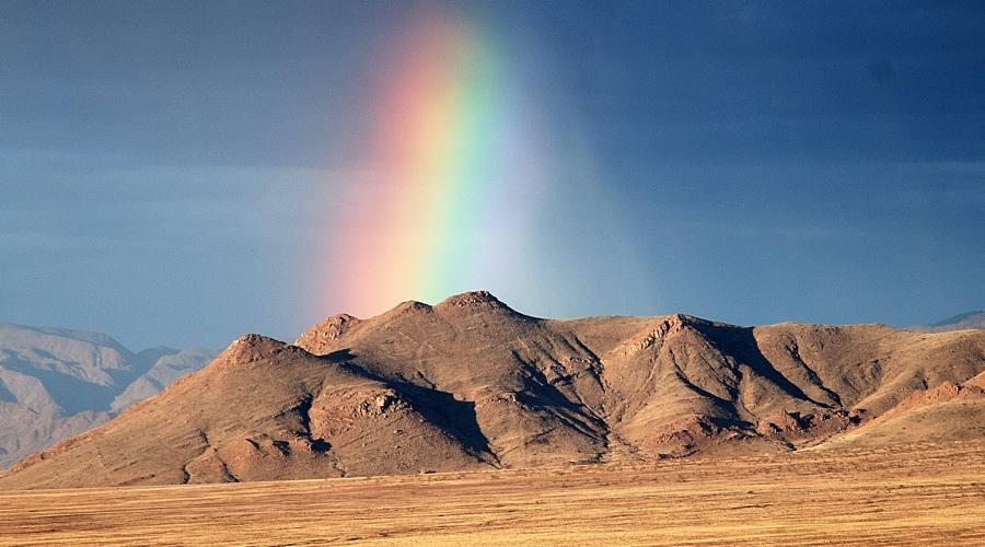 arcobaleno nel deserto del Namib