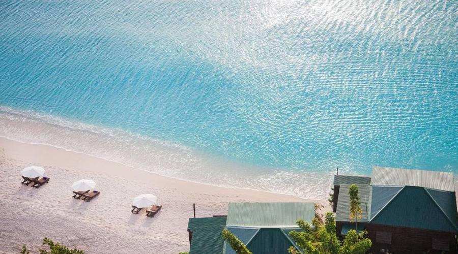 La spiaggia del Cocos Hotel