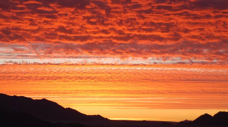 tramonto nella namib rand reserve