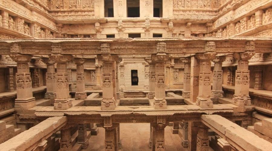 Interno di un tempio