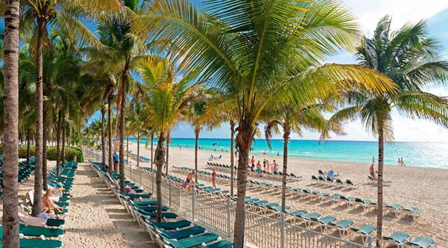 Spiaggia Riu