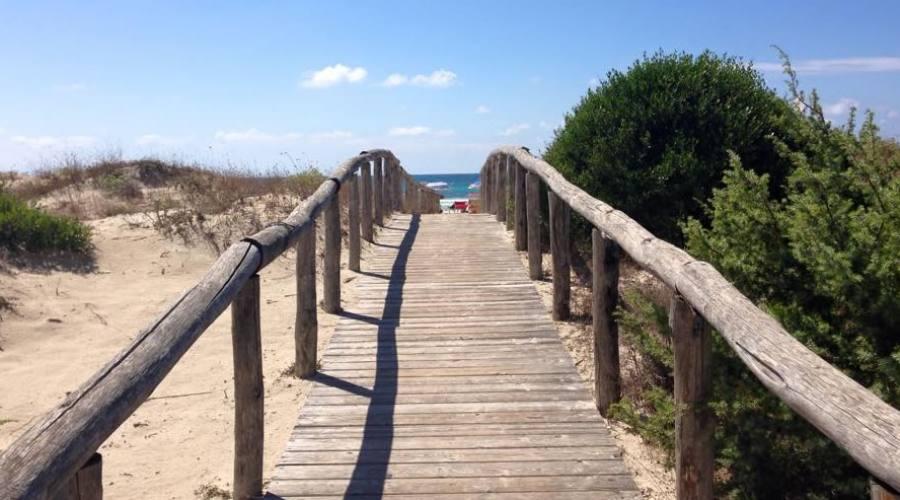 percorso alla spiagggia