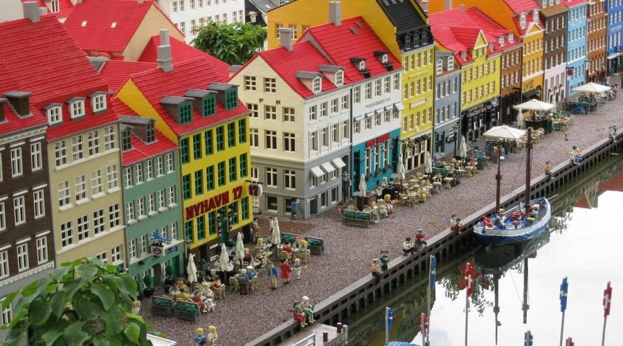 Costruzioni nel parco di Legoland