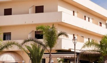 Hotel 3 stelle nel blu del mediterraneo