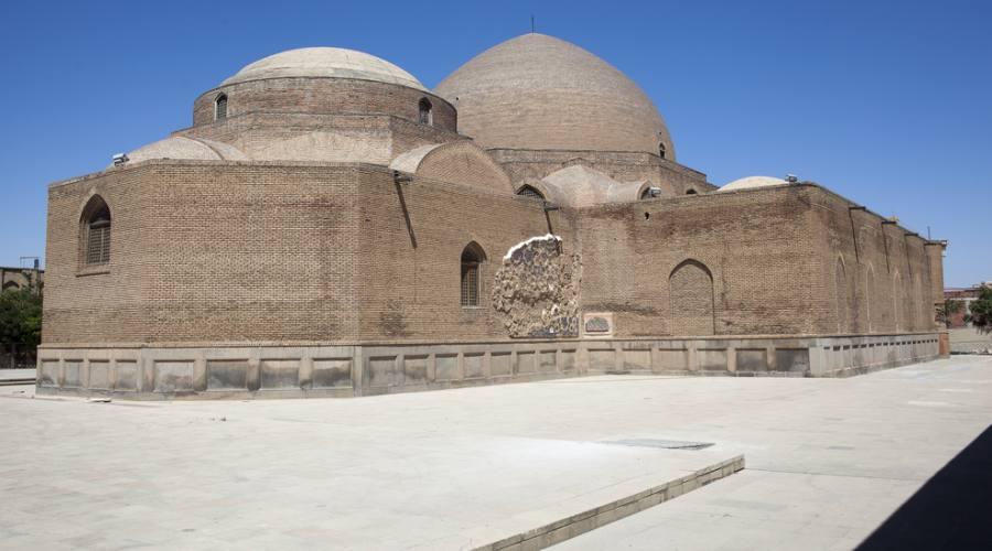 torri zoroastriano