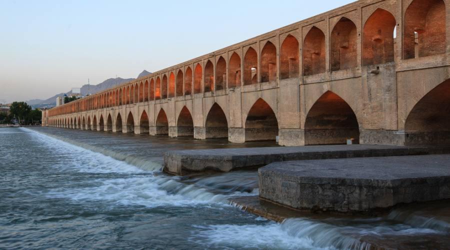 shiraz: il ponte