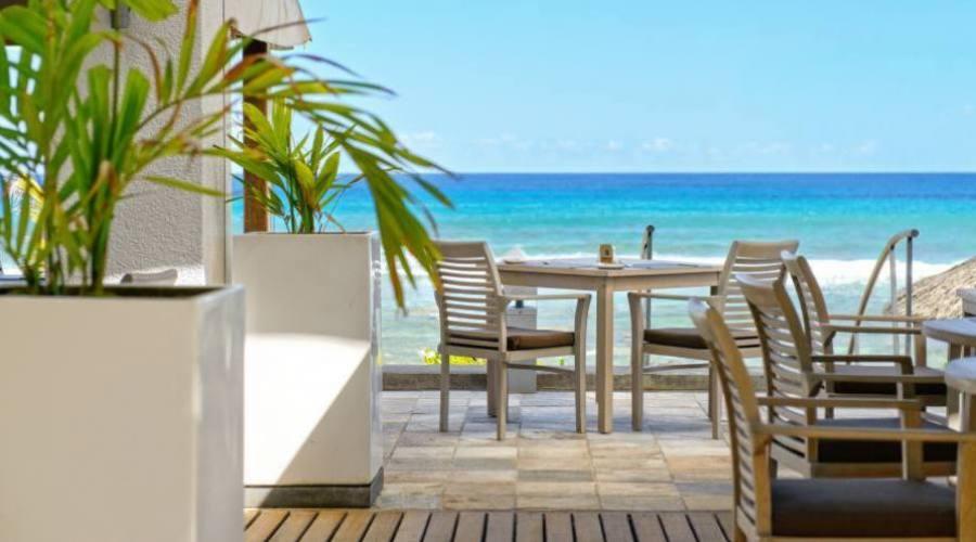 Mauritius, Hotel Le Recif. Relax fronte Oceano