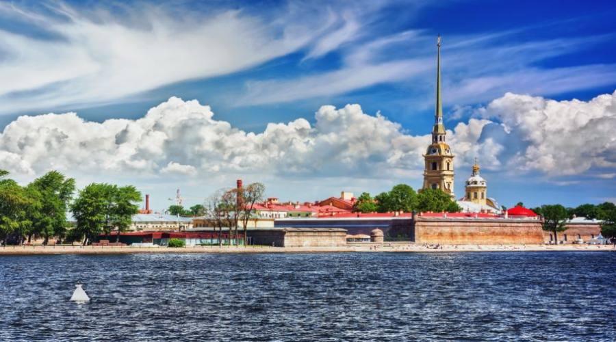 San Pietroburgo canali e Cattedrale San Nicola