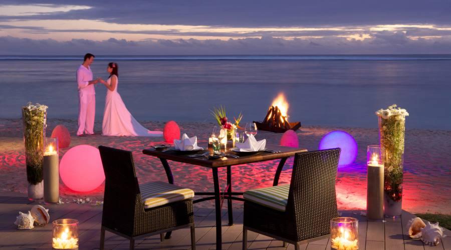 Una romantica cena sulla spiaggia...