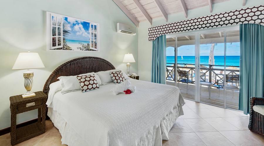 Pineapple Beach Club - camera vista mare
