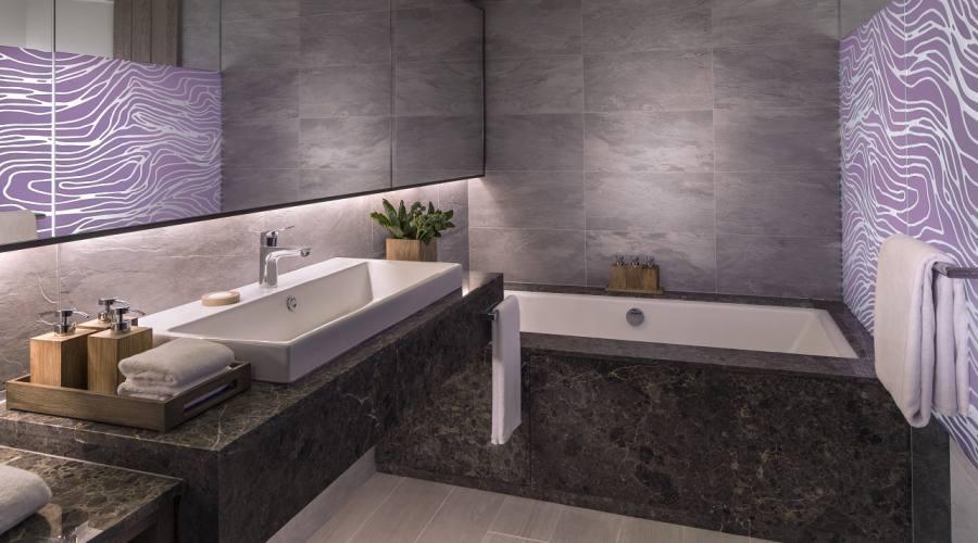 Il bagno della Hibiscus Deluxe