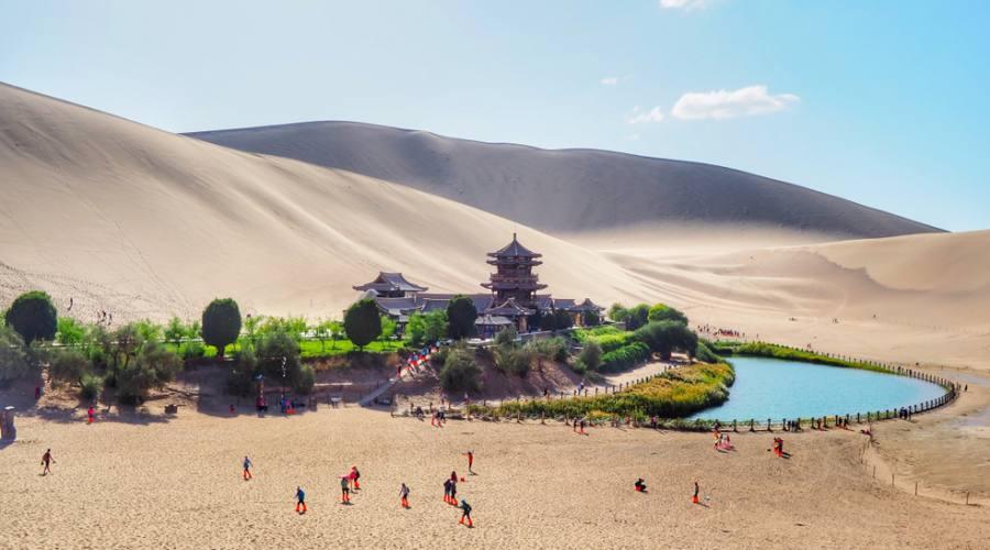 Oasi della luna Nuova deserto del Gobi Gansu