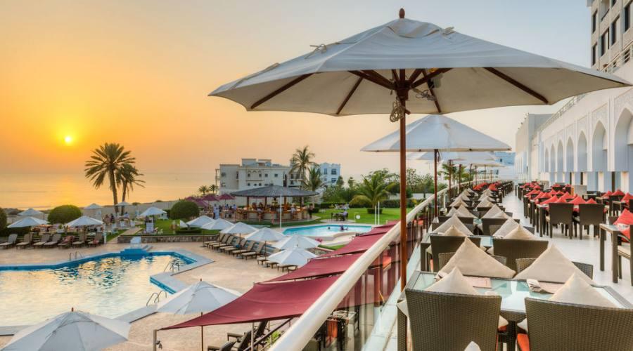 Muscat -Hotel Crowne Plaza -TERRAZZA