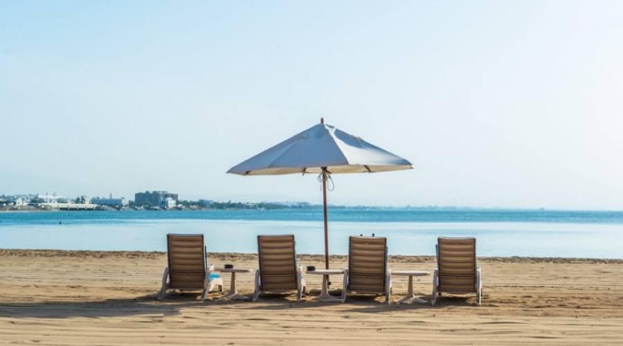Hotel Crowne Plaza- spiaggia