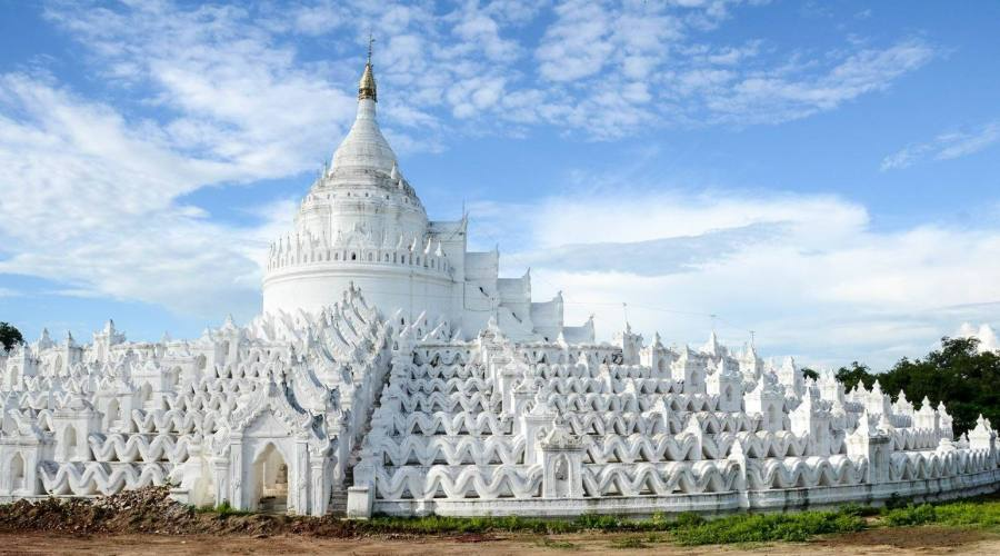 Hsinbyume Pagoda a Mingun