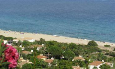 Confortevoli villette a schiera a pochi passi dalla spiaggia di sabbia bianca