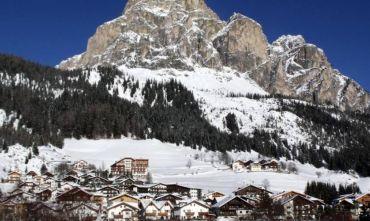 Neve e relax estivo affacciati sul massiccio del Sassongher nel cuore della Val Badia