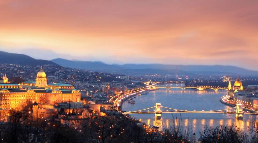 Budapest al tramonto
