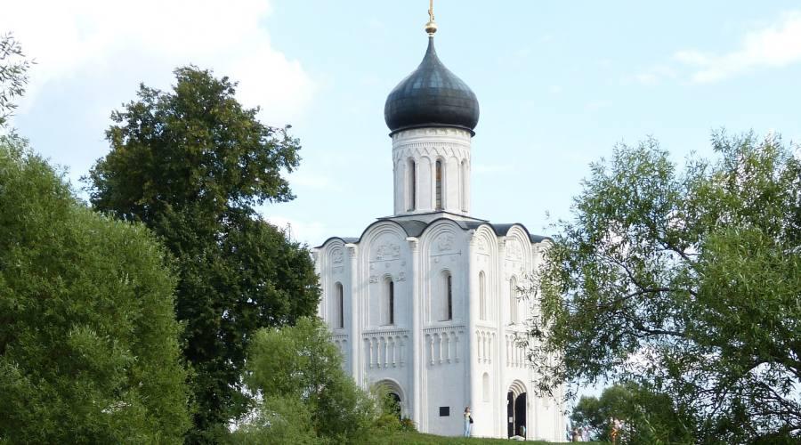 Anello d'oro chiesa