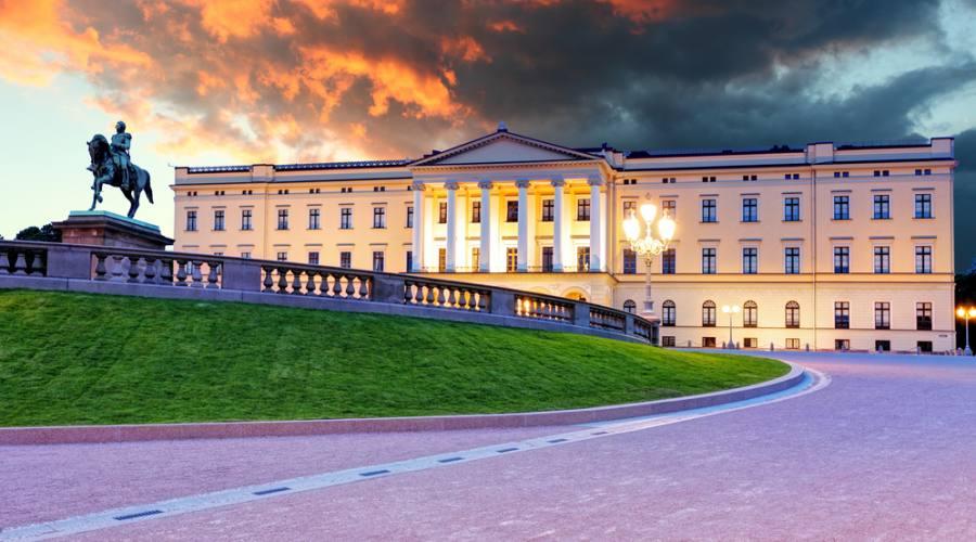 Palazzo reale a Oslo, Fly&Drive Norvegia