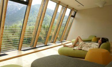 Resort  3/4 stelle circondato dall'ambiente alpino