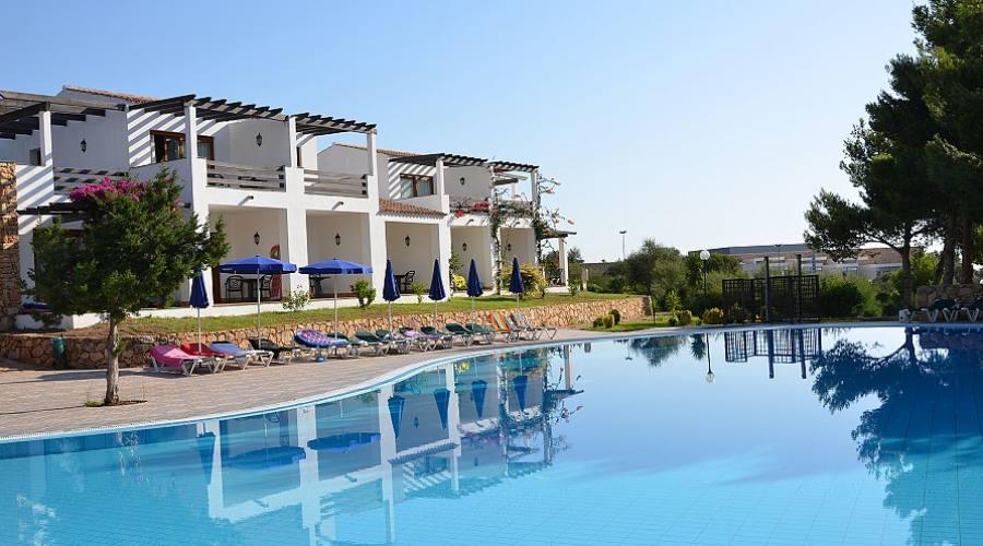 Camere del borgo fronte piscina