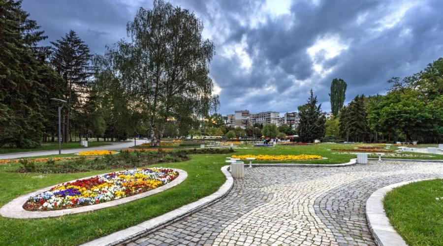 Sofia, giardini in città