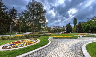 Dal Mar Nero agli antichi monasteri: tour di 8 giorni