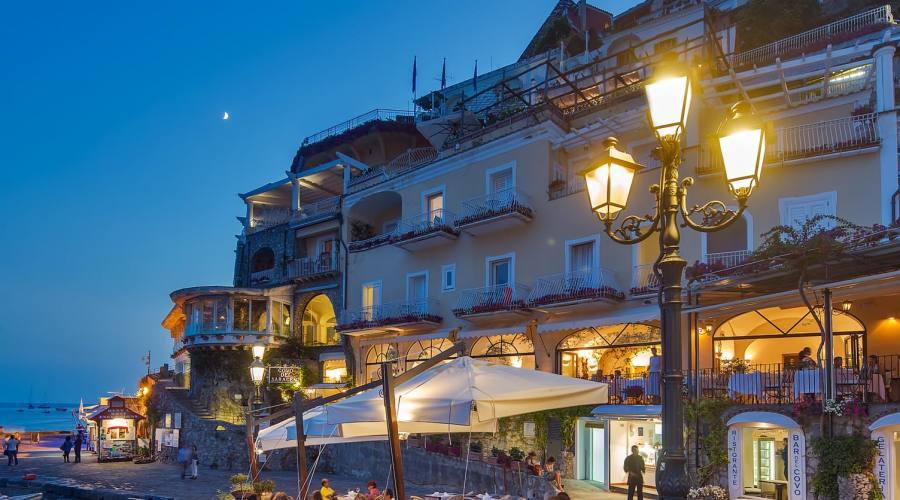 Hotel 4 stelle affacciato sul mare for Hotel barcellona sul mare
