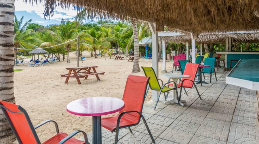 The Verandah Resort & Spa - beach bar