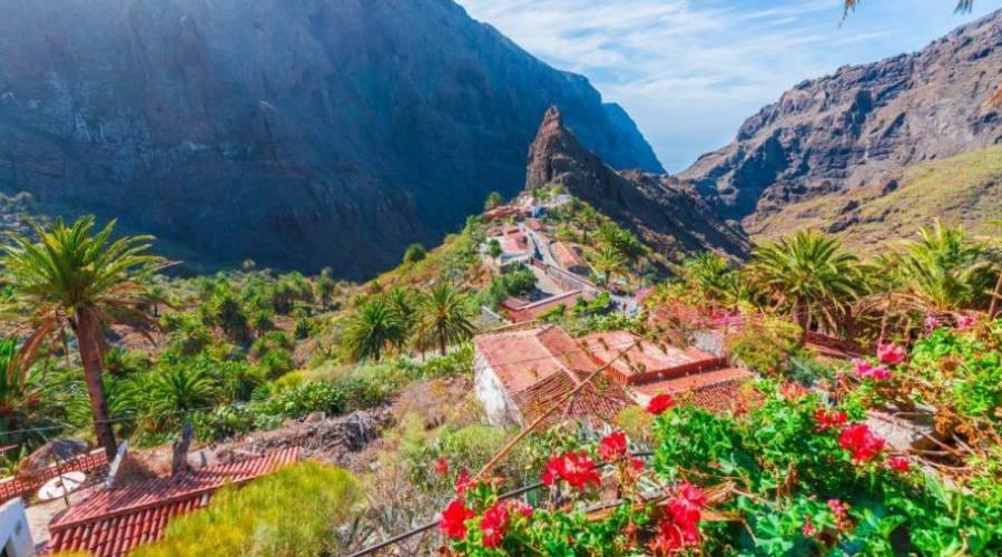 villaggio nelle montagne di masca