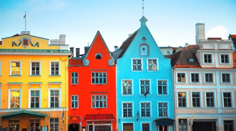 Estonia Tallin piazza del Municipio