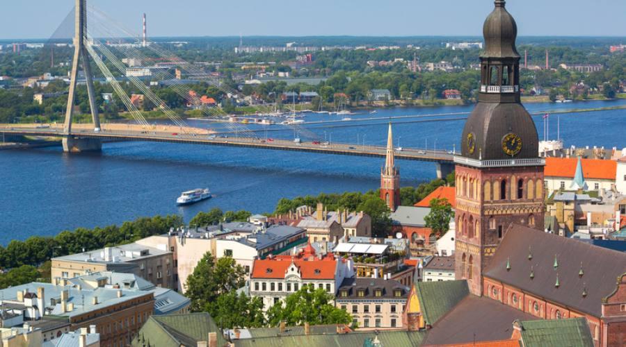 Lettonia vista aerea di Riga