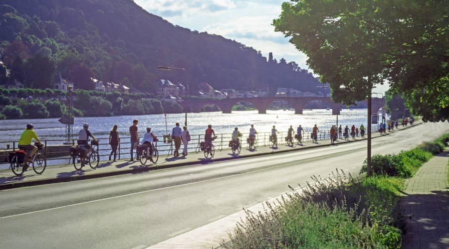 In bici, si parte