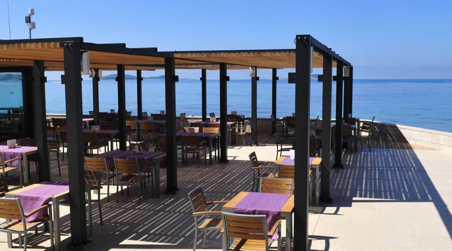 Il ristorante all'aperto