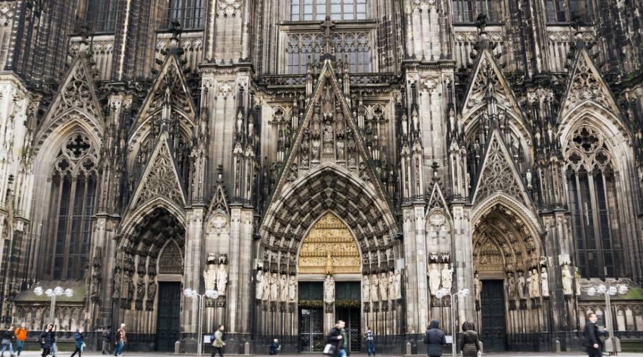Colonia la cattedrale
