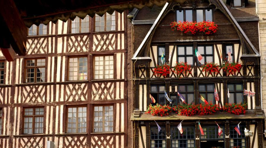 Normandia , le facciate delle case