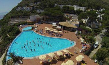 Il mare a due passi dalla riserva dello Zingaro - Formula hotel