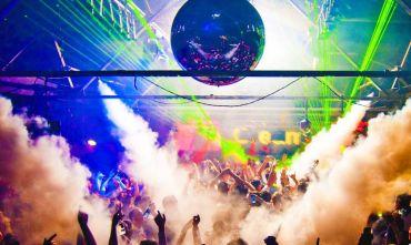 Nave + Alloggio + Eventi nella nuova destinazione del divertimento