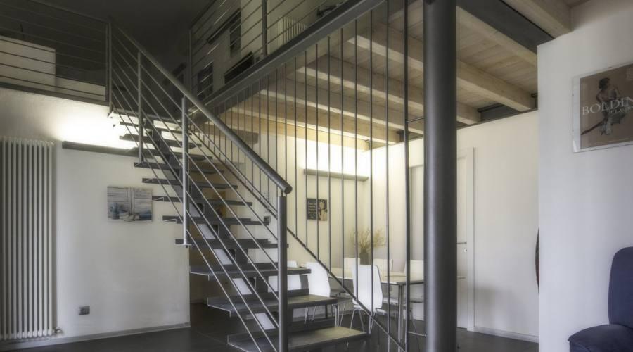 Nuovo appartamento, ingresso