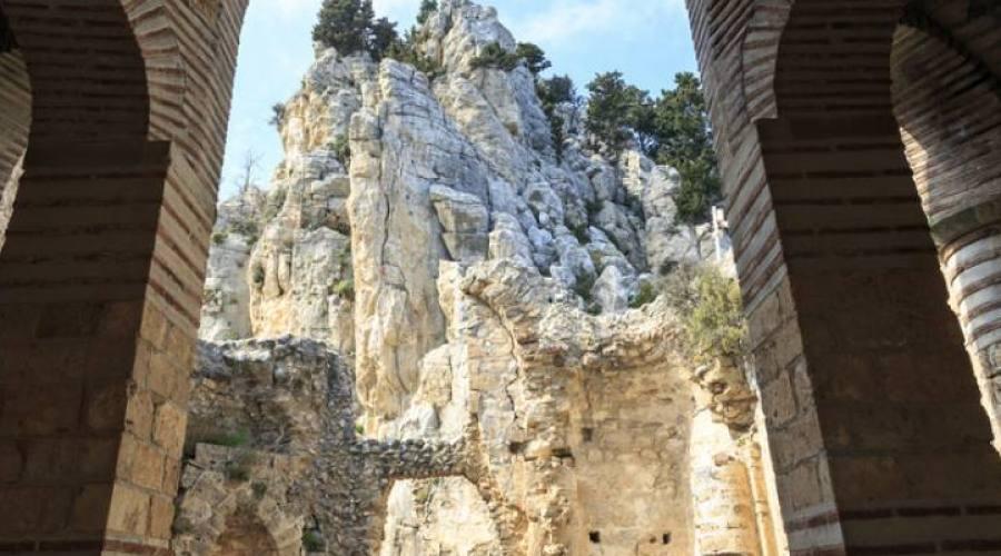 castello di Sant'Ilarione