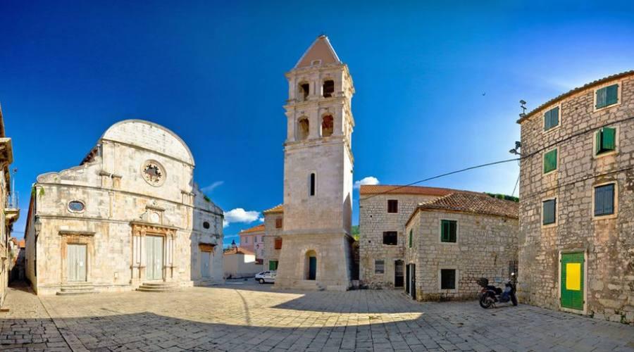 Isola di Hvar - centro storico di Starigrad