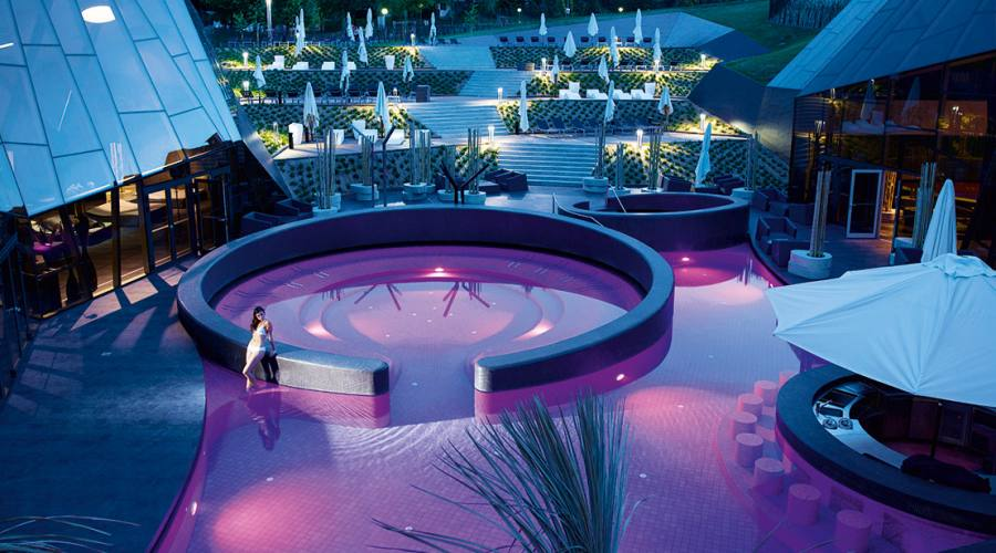 Le piscine Orhidelia