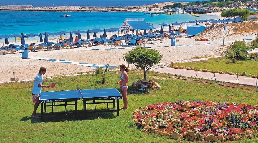 ping pong a bordo spiaggia