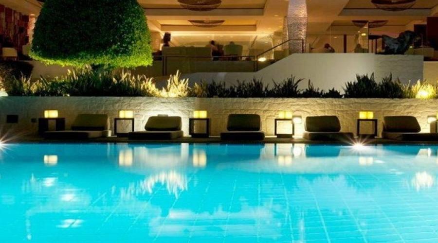vista laterale piscina