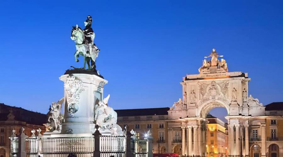 Lisbona, Praça do Comercio